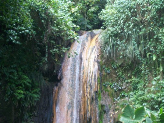 The romantic Diamond Head Falls can heal whats wrong with you