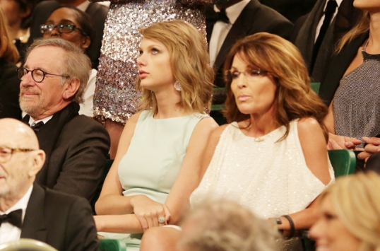 Spielberg, Swift, and Palin.The only place this photo could possibly have happened.
