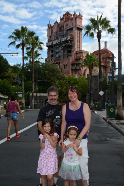 Disneys_Hollywood_Studios_Tower of Terror out front