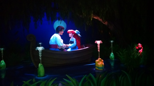 Magic_Kingdom_Little Mermaid and Prince Eric