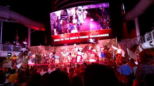 pirate-night-show